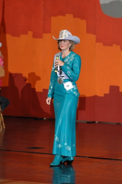 Rodeo Queen Dress Patterns http://www.couturecowgirl.com/wp/tag/rodeo-queen